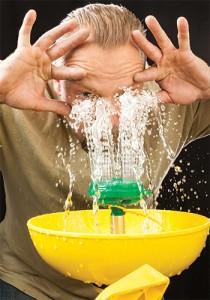 Gợi ý chọn bồn rửa mắt bệnh viện phù hợp nhất