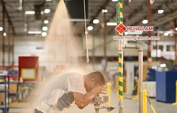 Áp suất nước phù hợp cho vòi sen tắm khẩn cấp